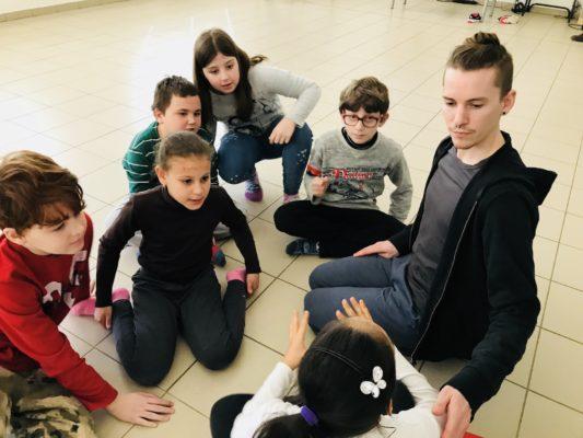 CorpoGiochi a scuola laboratori misti Cantieri Danza